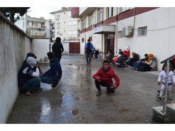 50 Mülteci Ve 6 Organizatör Yakalandı