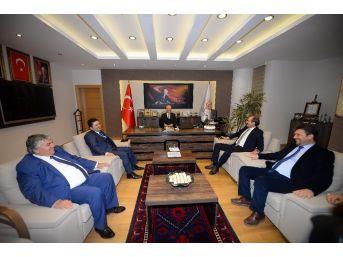 Kafaoğlu'ndan Altıeylül Belediyesi'ne Ziyaret