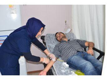 (özel Haber) Balıkesir Devlet Hastanesi Acil Servisi Günde 900 Hastaya Bakıyor