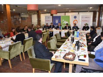 'aile Oluyoruz' Projesi Bursa'da Başladı