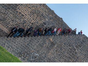 7 Ülkeden 24 Genç Diyarbakır'da Buluştu