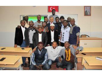 Ganalılar Elazığ'da Öğretmen Oluyor