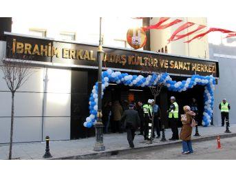 İbrahim Erkal Dadaş Kültür Sanat Merkezi Açıldı