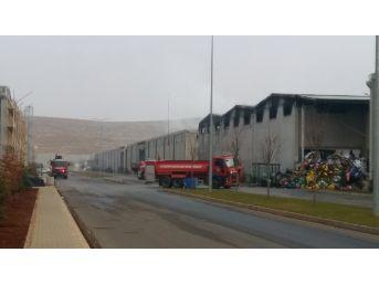 Fabrikadaki Yangının Boyutu Gün Ağarınca Ortaya Çıktı