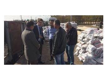 Nurdağı'nda İhtiyaç Sahiplerine Kömür Dağıtımı