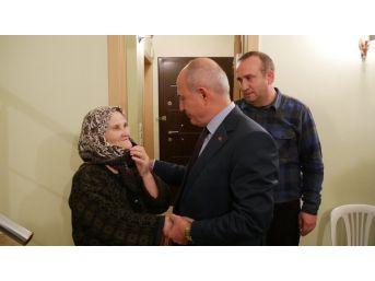 Başkan Akgün'den Naim Süleymanoğlu'nun Ailesine Taziye Ziyareti
