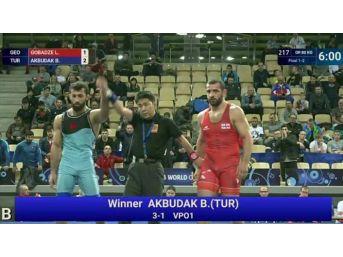 Burhan Akbudak, Dünya Şampiyonu Oldu