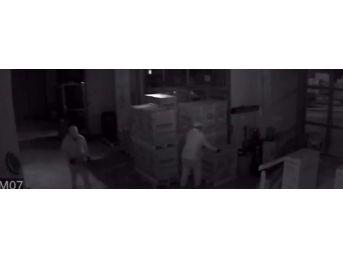 (özel Haber) 5 Dakikada Organize Hırsızlık Kamerada