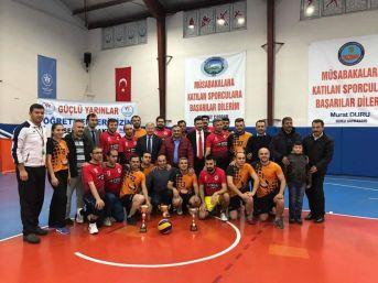 Kaymakamlık Kupası'nı Ayhan Yıldırım Anadolu Lisesi Kazandı