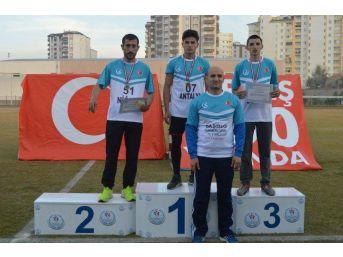 Ülkü Ocakları Kayseri'de Düzenlenen 'koşu Ve Bisiklet' Yarışlarında Derece Yaptı