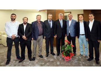 Başkan Karaosmanoğlu Stk'lar İle Bir Araya Geliyor