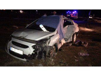 Alaşehir'de Trafik Kazası: 1 Ölü, 2 Yaralı