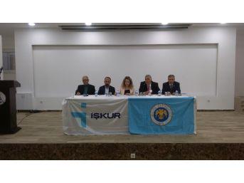 Silifke'de 'kariyer Planlama Ve Yönetimi' Paneli Düzenlendi