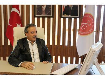 Hacı Bektaş Veli Üniversitesi Rektörü Bağlı: