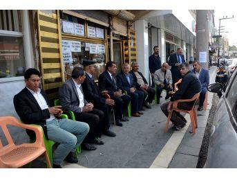Başkan Atilla, Çarşı Esnafını İhmal Etmiyor