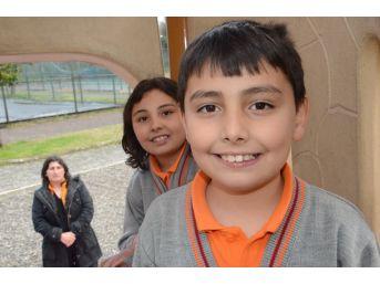9 Yaşındaki Bayram, 50 Bin Lira Bulunamazsa Duyamayacak