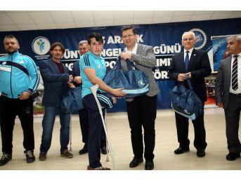 Merkezefendi'den Engelli Spor Kulüplerine Malzeme Yardımı