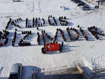 Ağrılı Öğrencilerden Abd'ye Koreografili Tepki