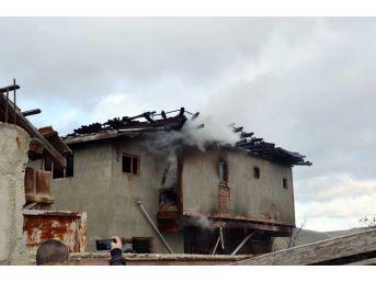 Kastamonu'da Ev Yangın: 1 Ölü