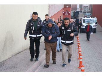 Kayseri'de Kaçak Sigara Operasyonu: 4 Gözaltı