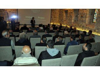 Tasarım Vakfı Midyat'ta 'biriz' Projesini Anlattı