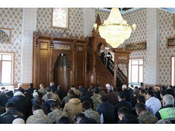Mehmetçik Camii'nde İlk Cuma