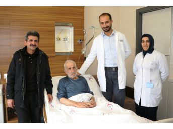 Van'da Tavi Yöntemiyle Kalp Kapakçığı Ameliyatı