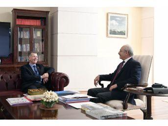 İngiltere'nin Ankara Büyükelçisi Moore'dan Kılıçdaroğlu'na Veda Ziyareti