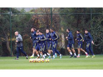 Fenerbahçe, Karabükspor Maçı Hazırlıklarına Başladı