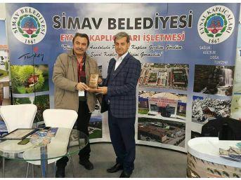 Başkan Özkan Simavlı Gazeteciyi Unutmadı