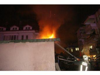 Fetö'nün Kapatılan Yurdunda İkinci Yangın Çıktı