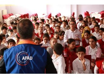 Osmaniye'de 3 Bin 905 Öğrenciye Afet Ve Deprem Eğitimi Verildi