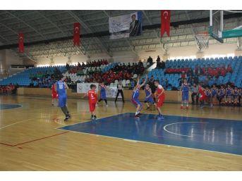 Erzincan'da Analig Basketbol Müsabakaları Tamamlandı