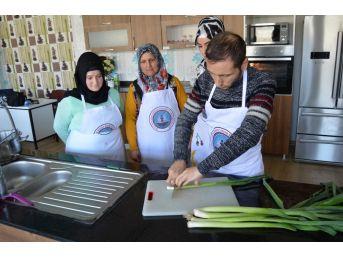 Sason'da Kadınlara Yemek Kursu