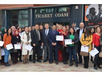 Denizli'de Girişimci Adaylarına Sertifikaları Verildi