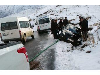Karda Mahsur Kalanların İmdadına Belediye Yetişti