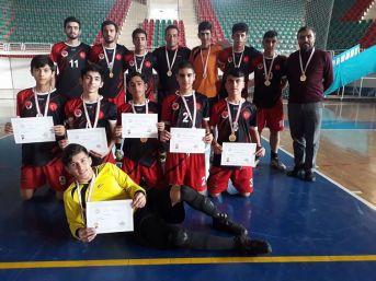 Safvan Anadolu İmam Hatip Lisesi Futsal Takımı Yarı Finale Katılacak