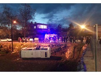 Öğrenci Servisi Tarlaya Uçtu: 7 Yaralı