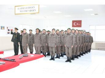 369'uncu Kısa Dönem Jandarma Erler Yemin Etti