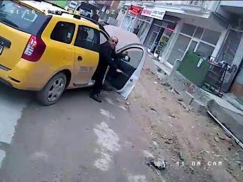 (özel) Özel Halk Otobüsünü Çaldı, Yakalanacağını Anlayınca Otobüsü Bırakıp Kaçtı