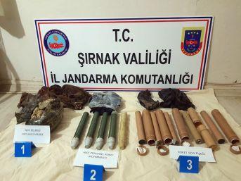 Şırnak'ta Toprağa Gömülü Patlayıcı Ve Roket Mühimmatı Ele Geçirildi