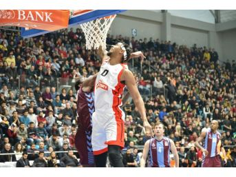 Tahincioğlu Basketbol Süper Ligi Muratbey Uşak: 100 - Trabzonspor: 71