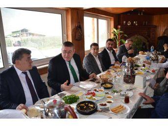 Başkan Tekin Gazetecilerle Bir Araya Geldi