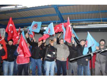 Türk Metal Sendika Üyesi İşçilerin Protesto Eylemi