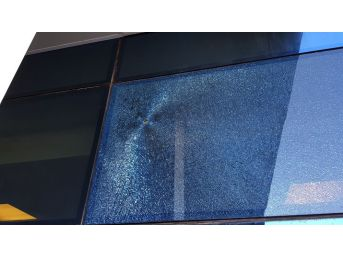 Düzce Atatürk Devlet Hastanesi Önünde Silahlı Kavga 6 Yaralandı
