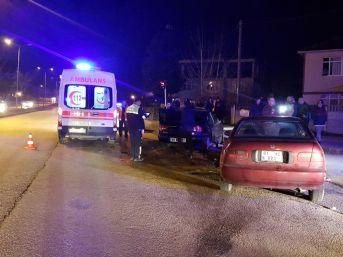 Kırmızı Işık İhlali Yapan Sürücü Dehşet Saçtı...1'i Hamile 7 Kişiyi Yaraladı