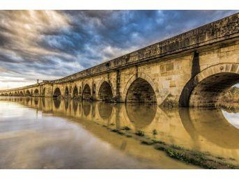 Tarihi Uzunköprü Yenilenecek