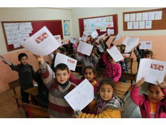 Sınırın Çocukları Karne Aldı