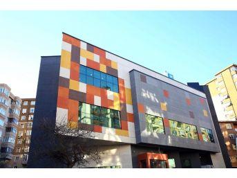 Belediyeden Çocuklara Karne Hediyesi Çocuk Kültür Merkezi