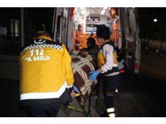 Konya'da Silahlı, Sopalı Ve Bıçaklı Kavga: 2 Yaralı